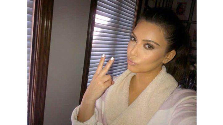 kim kardashian naked selfie piers morgan