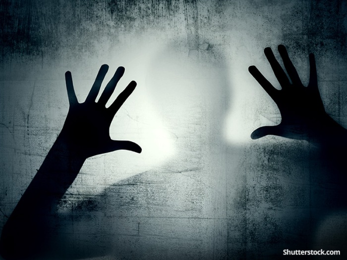 depressionman-shadow-hands-dark.jpg