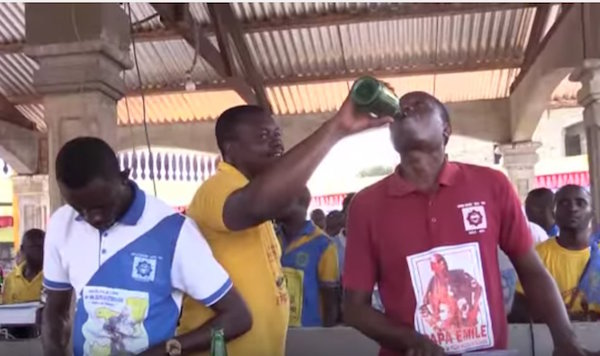 Church-in-Congo-where-they-drink-beer-to-cast-out-demons2.jpg